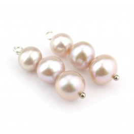 Pair of 3 Genuine Freshwater Pearls with different diameters Pale pink color Natural Jewelry to create pendant or earrings